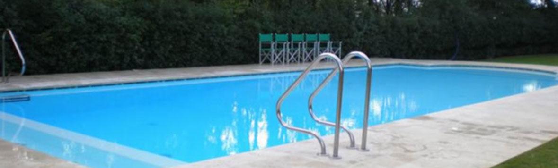 complementi acciaio piscina